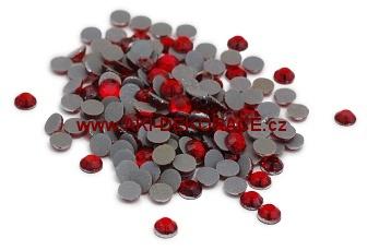 4mm,(16ss),červené ,nažehlovací,korálky,
